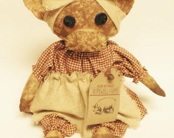 Primitive Pig Doll Gal, Barnyard Animals, Country Farmhouse Decor, Primitive Animals