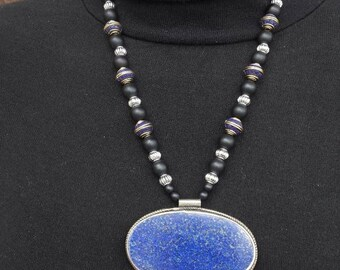 Beautiful necklace Afghan lapis lazuli and onyx