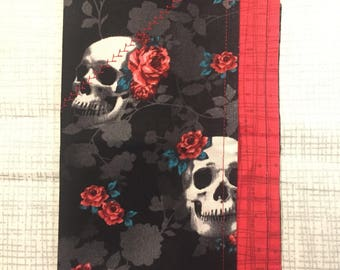 Skulls and roses, ruby