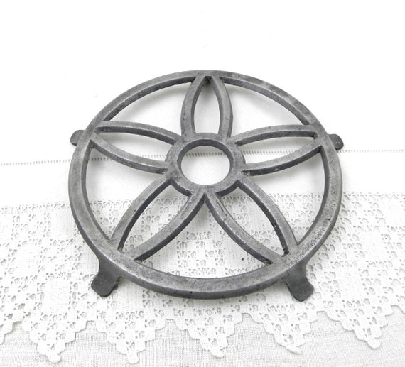Antique 1930s French Round Cast Metal Trivet with Cut Out Pattern, Retro Art Deco Heat / Hot Mat from France, Brocante Country Kitchen Decor