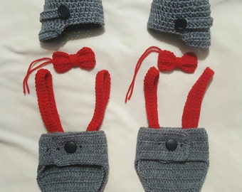 Crocheted newborn twin diaper cover set.