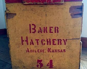 Vintage Yellow & Red Wooden Baker Hatchery Abilene Kansas 54 Crate Box