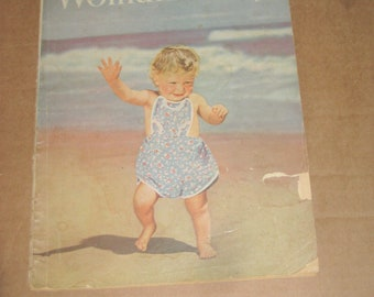 Woman's Day magazine back issue dated 1945   [c4979o]
