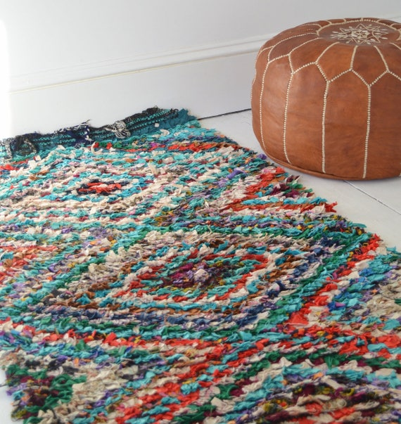 FREE SHIPPING>> Vintage Moroccan Boucherouite  Rug Long,  Beni Ouirain Rug,Moroccan Rug,Hand Woven Rug, Bohemian Rugs, Xmas Gifts, 30 x 75''