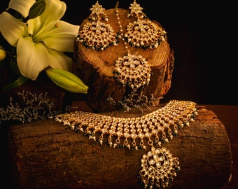 Kundan inspired Necklace set with earrings and tikka