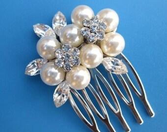 Bridesmaid hair comb,Wedding Hair Accessory,Rhinestone Bridal Hair Pin,Vintage Wedding Hair Clips,Crystal Pearl Hair Piece,Silver Hair comb
