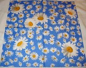 Paper daisies towel