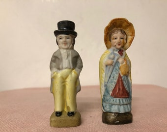 Vintage Made In Japan Figurines Colonial Man and Woman