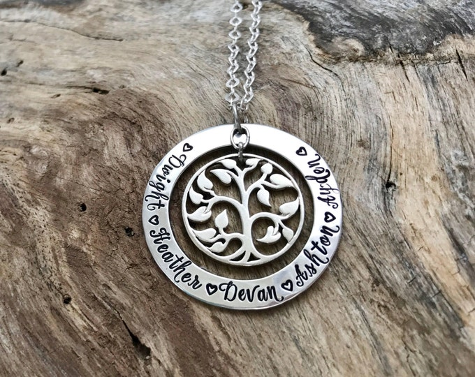 Family tree pendant | Sterling silver| Hand stamped | Personalized | Tree of life| Family tree necklace | Family names | Children's names