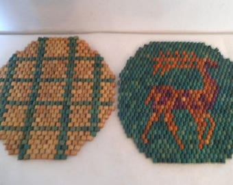 2 Vintage Large Wooden beaded Christmas Pot Holders ~ Reindeer ~ Christmas decor