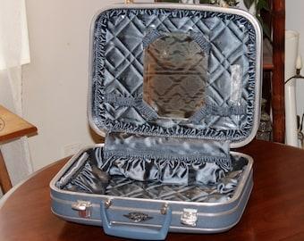 Vintage Travel Suitcase by Travelage ~ Hard Body ~ Blue ~ Medium Size