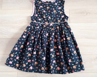 Dress 6 years vintage and retro black floral rose 1980