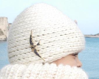 Blanc bonnet - easy yet stylish crochet hat pattern