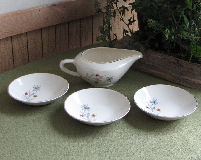 Vintage Gravy Boat and Three (3) Small Dessert Bowls Mid Century Kitchens