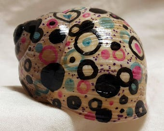 Hand-painted Snail Shell - Bubble Bath
