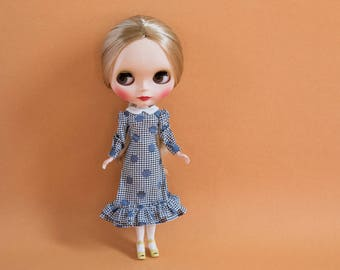 Blythe Doll Outfit - Dot Lover's Dress with Flounces and Puff Sleeves