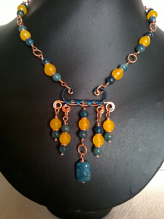 S - 376 Quartz and Apatite wire work necklace
