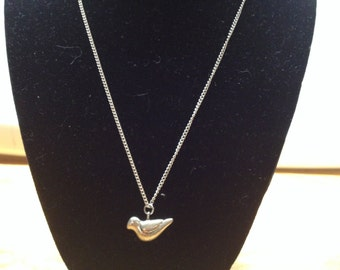Vintage Silvertone Necklace with Dove Pendant, Length 20''