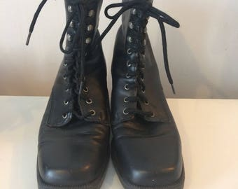 Vintage black leather chunky boots