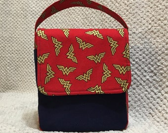 Wonder Woman Insulated Lunch Bag, Red & Blue