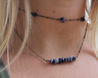 Beaded Bar Necklace in Dark Blue Stone