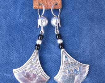 Tuareg Silver Chat-Chat Petal Earrings