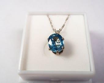 Zircon Necklace.  2.9ct. Cambodian Zircon 9 x 7mm. Oval in a Silver Necklace.