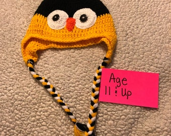 Handmade crochet black and yellow childrens photo prop owl hat