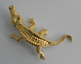 Alligator Brooch, Vintage Gold Tone Pin, Textured Reptile Pin