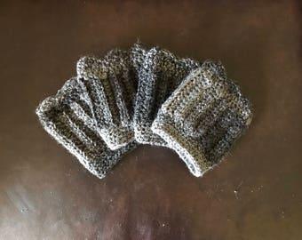 Scalloped boot cuffs - onyx