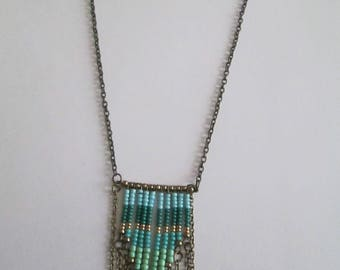 GREEN BRONZE NECKLACE