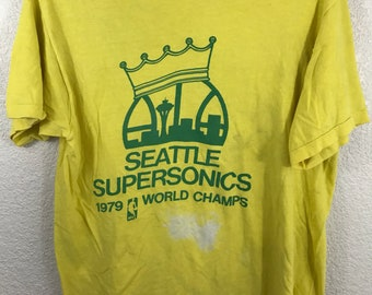 Vintage Distressed Thin Thrashed 1979 Seattle Supersonics NBA Champions T Shirt sz L