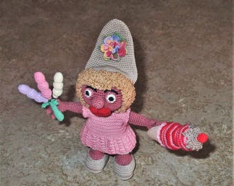 Bonnie's Crochet cotton thread item Smurfette Doll Dress  Pantaloons Strawberry Cone Fudge & Cherry Top, 3 Slender Balloons. Not A Toy!!!