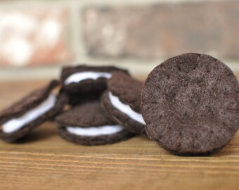 Felt Oreos - Felt Food for Pretend Play