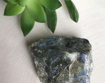 Rough Labradorite Crystal Specimen - Raw Labradorite - Rainbow Flash Crystal - Iridescent - Metaphysical Crystal -  Home Altar - Bohemian