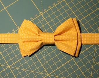 Men yellow cotton bowtie