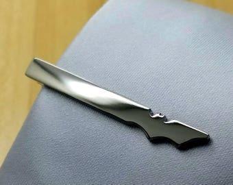 Batman Tie Clip, The Best Man Gift, Gunmetal Tie Clip, Black Tie Clip, Groomsmen Gifts, Gift for man, Boyfriend Gift, Anniversary Gift