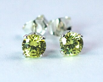 Peridot 4mm Stud Earrings, Sterling Silver Peridot Earring, Peridot Stud Earrings, August Birthstone, Sterling Silver Stud, Green Earring