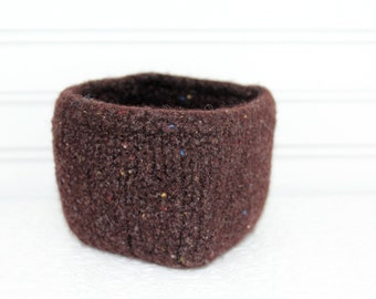 Chocolate Brown Felted Storage Basket, Small Brown Wool Basket, Boiled Wool Small Storage Basket, Wool Storage, Square Wool Bowl, Felt Bowl