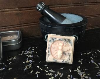 Lavender Bee moisture-Lotion Bar