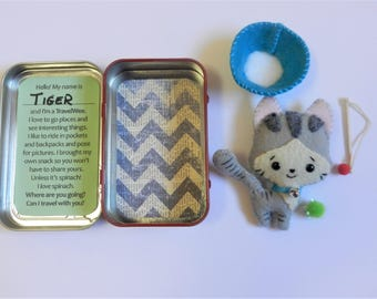 Felt Travel Wee Kitten and Cat Toy Altoid Tin Travel Toy