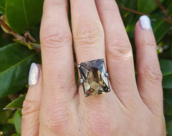 Vintage Quartz Ring 70s Silver ring Modernist jewelry Size N U.S Size 61/2