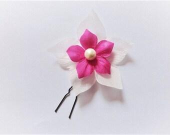 Fascinator bride, Hairpin wedding, ivory or white silk flower and fuchsia bun