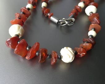 Graduated Carnelian and Carved Bone Necklace - Vintage Necklace 1970s
