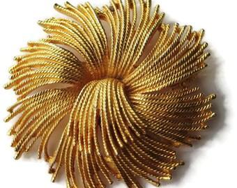 Monet Cordelia Tassel Pin/ Gold tone Tassel Pin /Large Sunburst Brooch