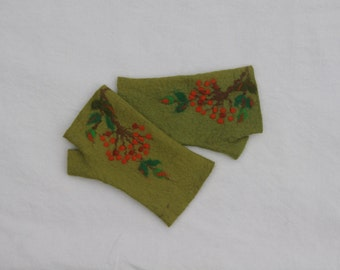 Felted olive green fingerless gloves, wool hand warmers, fingerless mittens, wrist warmers, winter fall spring gloves, gift for her