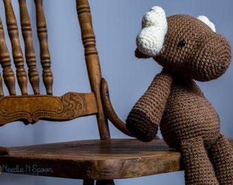 Crochet moose plush, moose softie, moose toy, amigurumi, shower gift, kid baby toy