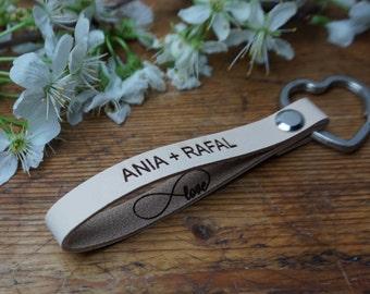 Personalized Custom engraved Leather Keychain, Monogram leather keychain  ,Custom engraved Keyring, Infinity  Keychain, beige Keychain,