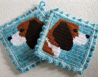 Beagle dog pot holder set. Thick, marble blue crochet potholders with beagle dogs. Beagle gifts. Kitchen decor