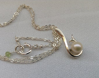 SALE... Fresh cultured pearl pendants. 925 sterling silver pendant necklace. June birthstone